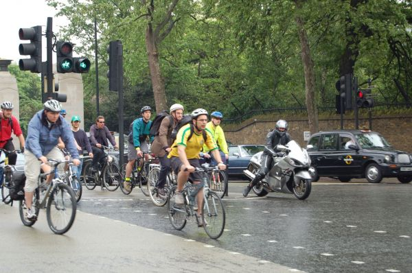 2014 Figures released: Drivers fail to stop in almost a fifth of London cyclist collisions