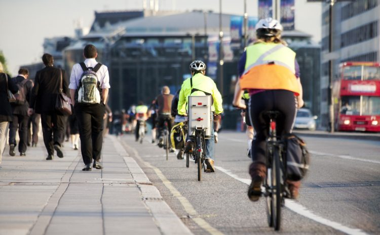 Five Reasons You Need to Try Commuting by Bike