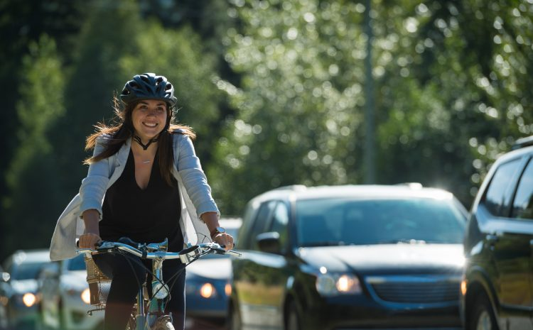 Commuting by bike makes you healthier and happier!