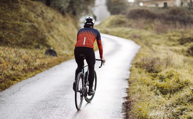 Self-sufficient cycling