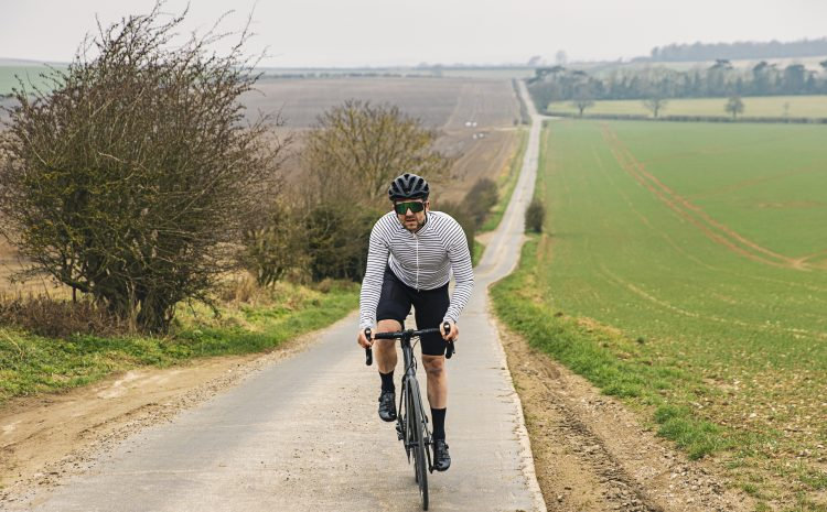 How to get better at climbing hills on your bike