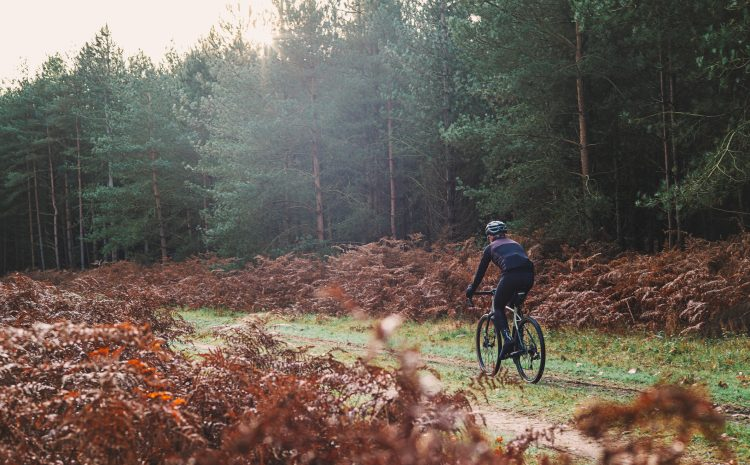 How to dress for autumn cycling